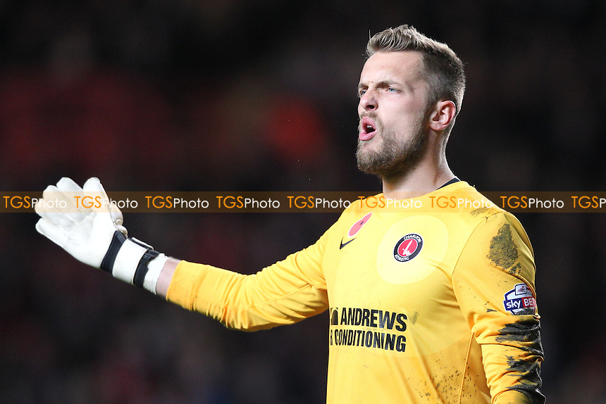 Ben Hamer of Charlton Athletic - Charlton Athletic vs Leeds United - Sky Bet Championship Football at The Valley, London - 09/11/13 - MANDATORY CREDIT: Simon Roe/TGSPHOTO - Self billing applies where appropriate - 0845 094 6026 - contact@tgsphoto.co.uk - NO UNPAID USE