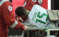 FUSSBALL   1. BUNDESLIGA  SAISON 2011/2012   18. Spieltag 1. FC Kaiserslautern - SV Werder Bremen        21.01.2012 Sebastian Proedl (SV Werder Bremen) muss verletzt vom Platz