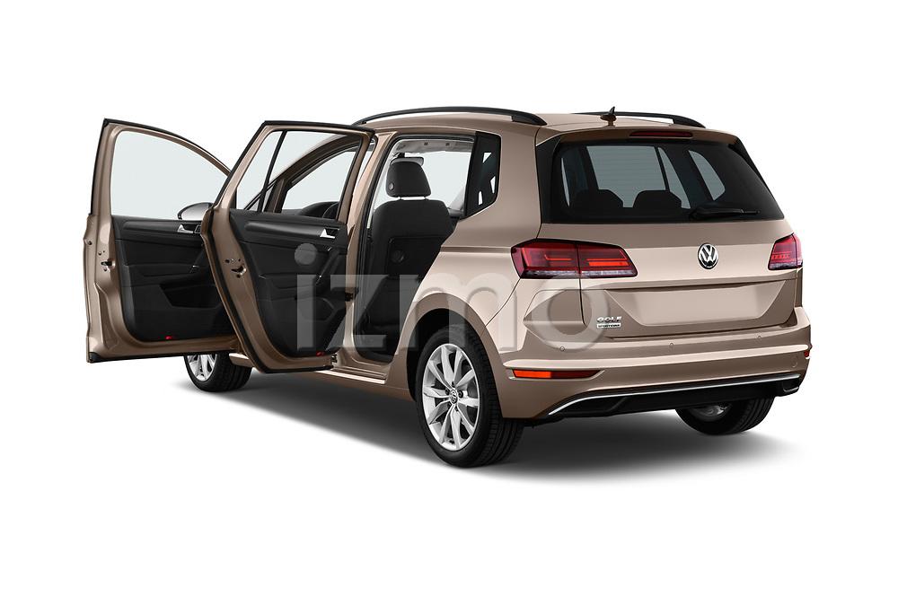 Car images close up view of a 2018 Volkswagen Golf Sportsvan Comfort Line  5 Door MPV doors