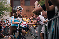 Romain Bardet (FRA/AG2R-La Mondiale) making some kids happy ahead of the last stage<br /> <br /> Stage 21: Houilles > Paris / Champs-Élysées (115km)<br /> <br /> 105th Tour de France 2018<br /> ©kramon