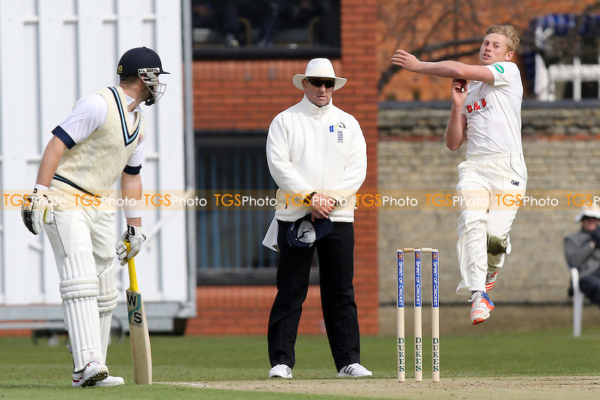 Callum Taylor in bowling action for Essex during Cambridge MCCU vs Essex CCC, English MCC University Match Cricket at Fenner's on 1st April 2016