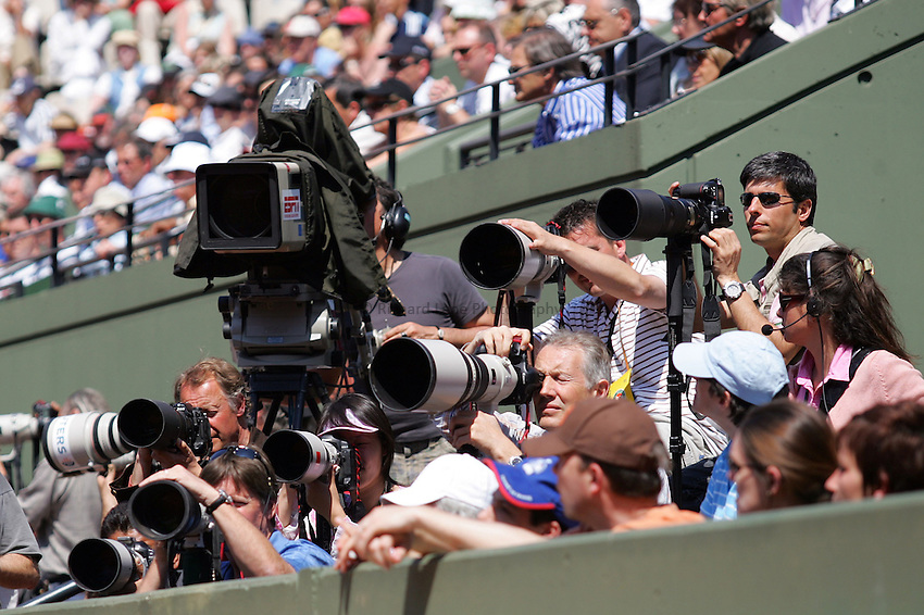 Photo: Iconsport/Richard Lane Photography..Roland Garros 2006..06/06/2006..Photographers.