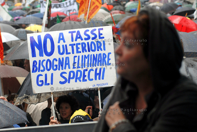 Italia, Vicenza..Manifestazione contro le tasse. Demonstration against taxation.