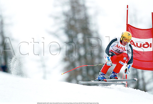 HERMANN MAIER (AUT), Men's Downhill Practice, World Cup Skiing, Val D'Isere 001207 Photo:Neil Tingle/Action Plus...Jump.2000.winter sport.winter sports.wintersport.wintersports.alpine.ski.skier.man