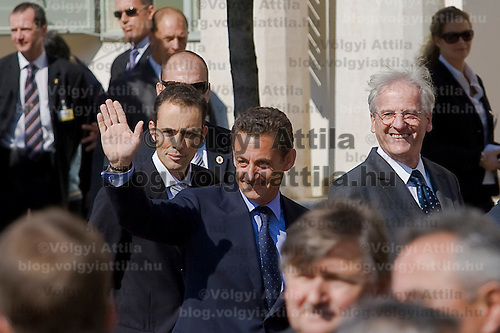 French president Nicolas Sarkozy (L) meets Hungarian president Laszlo Solyom (R) during his official visit to Hungary. Budapest, Hungary. Friday, 14. September 2007. ATTILA VOLGYI