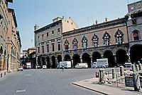 Italy: Bologna--Palaces, Arcades on Piazza Santo Stefano. Photo '83.