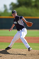 Seattle Mariners pitcher Matt Walker (39) during an instructional league game against the Texas Rangers on October 5, 2015 at the Surprise Stadium Training Complex in Surprise, Arizona.  (Mike Janes/Four Seam Images)