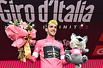 Race leader Simon Yates (GBR) Mitchelton-Scott retains the Maglia Rosa on the podium at the end of Stage 7 of the 2018 Giro d'Italia, a flat stage running 159km from Pizzo to Praia a Mare, Italy. 11th May 2018.<br /> Picture: LaPresse/Massimo Paolone   Cyclefile<br /> <br /> <br /> All photos usage must carry mandatory copyright credit (&copy; Cyclefile   LaPresse/Massimo Paolone)