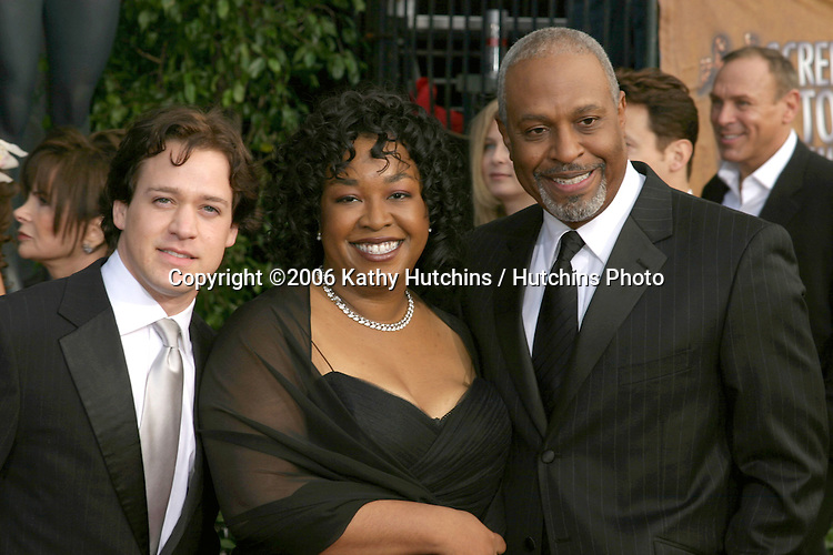 TR Knight.James Pickens Jr & wife.12th Annual Screen Actors Guild  Awards.Shrine Auditorium.Los Angeles, CA.January 29, 2006.©2006 Kathy Hutchins / Hutchins Photo....