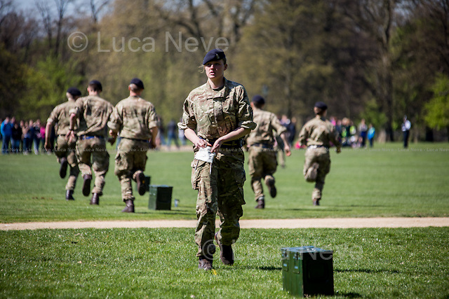 London, 21/04/2015. Today, the King's Troop Royal Horse Artillery have fired 41-gun royal salute to celebrate the 89th birthday of Her Majesty the Queen Elizabeth II at Hyde Park. << […] The basic royal salute is 21 rounds. A further 20 are fired at royal parks and royal palaces and fortresses and another 21 for being in the City of London. […]>>, (Source - BBC.co.uk).