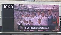 Deutsche Mannschaft bei der Nationalhymne auf der Videowand - 08.06.2018: Deutschland vs. Saudi-Arabien, Freundschaftsspiel, BayArena Leverkusen