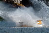 Frame 7: R2   (Outboard Hydroplane)