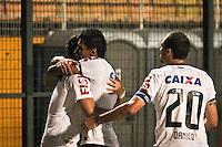 SÃO PAULO,SP,27 FEVEREIRO 2013 - COPA LIBERTADORES AMÉRICA 2013 - CORINTHIANS (Bra) x MILLONARIOS (Col) -  jogadores do Corinthians comemoram gol durante partida Corinthians x Millonarios válido pela 2º rodada da Copa Libertadore América 2013 no Estádio Paulo Machado de Carvalho (Pacaembu) na noite desta quarta feira (27).FOTO ALE VIANNA - BRAZIL PHOTO PRESS.