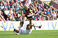 Matt Hopper of Harlequins in full flow during the Aviva Premiership match between Harlequins and Sale Sharks at The Twickenham Stoop on Saturday 15th September 2012 (Photo by Rob Munro)
