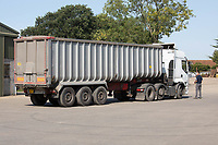 14.9.2020 Grain lorries being loaded with wheat on a farm in Warwickshire <br /> ©Tim Scrivener Photographer 07850 303986<br />      ....Covering Agriculture In The UK.