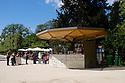 Paris, France. 09.05.2015. Refreshment Kiosk, Jardin des Plantes, Paris, France. Photograph © Jane Hobson.