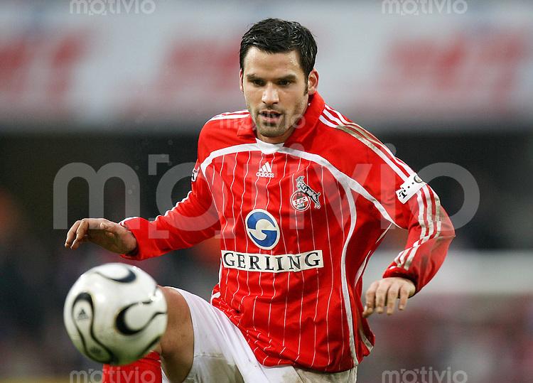 Fussball  2. Bundesliga  Saison 2006/2007 Bernt HAAS (1. FC Koeln), Einzelaktion am Ball