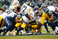 Ben Roethlisberger #7 of the Pittsburgh Steelers runs with the ball against the Seattle Seahawks during the game at CenturyLink Field on November 29, 2015 in Seattle, Washington. (Photo by Jared Wickerham/DKPittsburghSports)