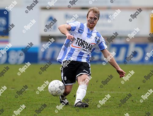 2011-01-23 / Voetbal / seizoen 2010-2011 / Kapellen - Geel-Meerhout / David Vandecauter..Foto: mpics