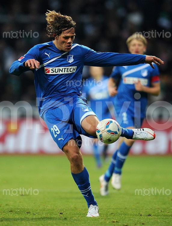 FUSSBALL   1. BUNDESLIGA   SAISON 2011/2012   21. SPIELTAG Werder Bremen - 1899 Hoffenheim                        11.02.2012 Jannik Vestergaard (TSG 1899 Hoffenheim)