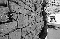 Castro Marina - Salento - Puglia - Strada che coinduce al porto.