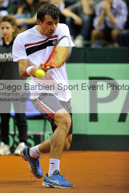 (KIKA) - TORINO - 01/02/2013 - Coppa Davis Italia - Croazia, Primo Turno Gruppo Mondiale. Andreas SEPPI vs. Ivan DODIG, secondo incontro di Coppa Davis al Palavela di Torino, il 1 febbraio 2013. Andreas Seppi vince contro Ivan Dodig per 3 a 1.