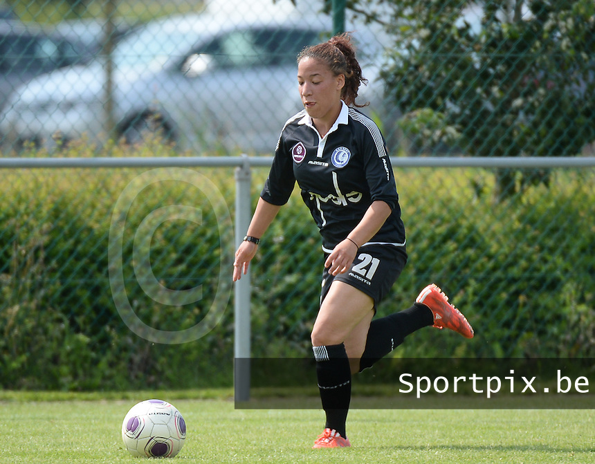 20150801 - WESTKAPELLE , BELGIUM : Gent's Sylvana Tieleman pictured during a friendly soccer match with the women team of AA Gent Ladies , during the preparation for the 2015-2016 SUPERLEAGUE season, Saturday 1 August 2015 . PHOTO DAVID CATRY