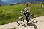 On peut louer des v&eacute;los &eacute;lectriques &agrave; l'office de tourisme de Guillestre.<br /> It's possible to rent electric bikes in Guillestre tourism office