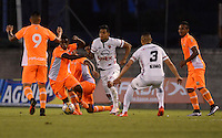 MEDELLIN -COLOMBIA, 18-07-2016. Acción de juego entre Envigado FC y Patriotas FC  durante encuentro  por la fecha 4 de la Liga Aguila II 2016 disputado en el estadio Polideportivo Sur ./ Action game between   Envigado and Patriotas   during match for the date 4 of the Aguila League II 2016 played at Polideportivo  Sur stadium . Photo:VizzorImage / León Monsalve   / Contribuidor