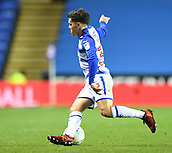 30th September 2017, Madejski Stadium, Reading, England; EFL Championship football, Reading versus Norwich City; Liam Kelly of Reading controls the ball