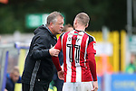 Sheffield United's Chris Wilder talks to Matt Done during the League One match at the Kingsmeadow Stadium, London. Picture date: September 10th, 2016. Pic David Klein/Sportimage