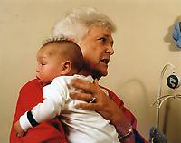 MAR 22 '89 First Lady Barbara Bush at AIDS home