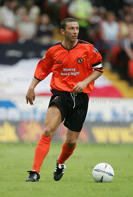 Derek McInnes, Dundee Utd.stock season 2004-2005.pic willie vass