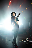 Mar 29, 2016: JAMES BAY - Eventim Apollo London
