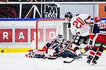 S&ouml;dert&auml;lje 2014-01-06 Ishockey Hockeyallsvenskan S&ouml;dert&auml;lje SK - Malm&ouml; Redhawks :  <br />  S&ouml;dert&auml;ljes m&aring;lvakt Sebastian Idoff r&auml;ddar en m&aring;lchans f&ouml;r Malm&ouml; Redhawks Henrik Hetta <br /> (Foto: Kenta J&ouml;nsson) Nyckelord: