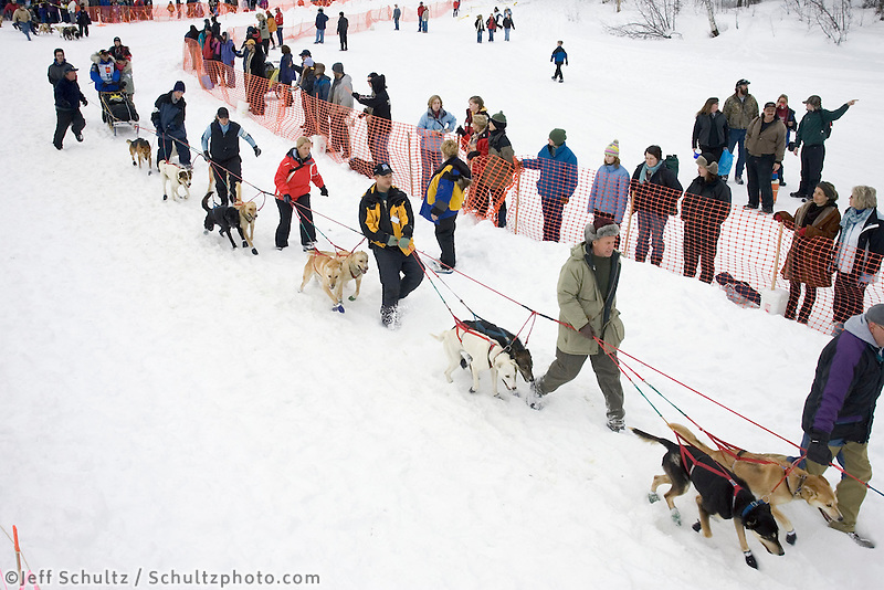 Dodo Perri's Handlers Bring Team to Start Line Iditarod 2005 Willow Restart AK