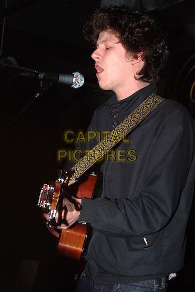 Jamie T sings at Virgin Megastore Manchester 16 Jan 2007