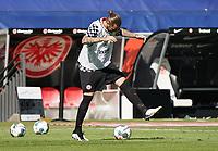 Letztes Ballkunststück auf den Rasen der Commerzbank Arena für Marco Russ (Eintracht Frankfurt)<br /> - 27.06.2020: Fussball Bundesliga, Saison 19/20, Spieltag 34, Eintracht Frankfurt vs. SC Paderborn 07, emonline, emspor, Namen v.l.n.r. <br /> <br /> Foto: Marc Schueler/Sportpics.de/Pool <br /> Nur für journalistische Zwecke. Only for editorial use. (DFL/DFB REGULATIONS PROHIBIT ANY USE OF PHOTOGRAPHS as IMAGE SEQUENCES and/or QUASI-VIDEO)