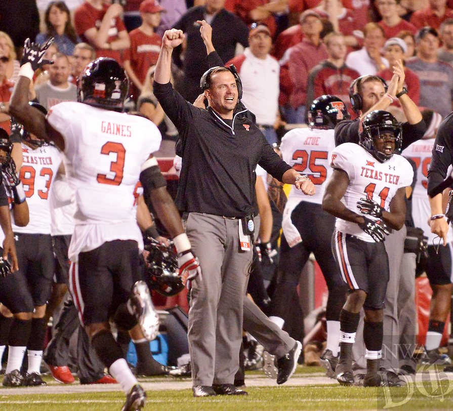 NWA Democrat-Gazette/BEN GOFF @NWABENGOFF<br /> TheTexas Tech bench reacts to a decisive play Saturday Sept. 19, 2015 during the fourth quarter of the game in Razorback Stadium in Fayetteville.