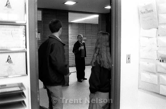 Drama teacher angrily confronts Diablo Valley College Inquirer newspaper staffers after publication of an issue.<br />
