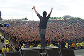 Jun 12, 2005: PAPA ROACH - Download Festival Day3 - Donington Park UK