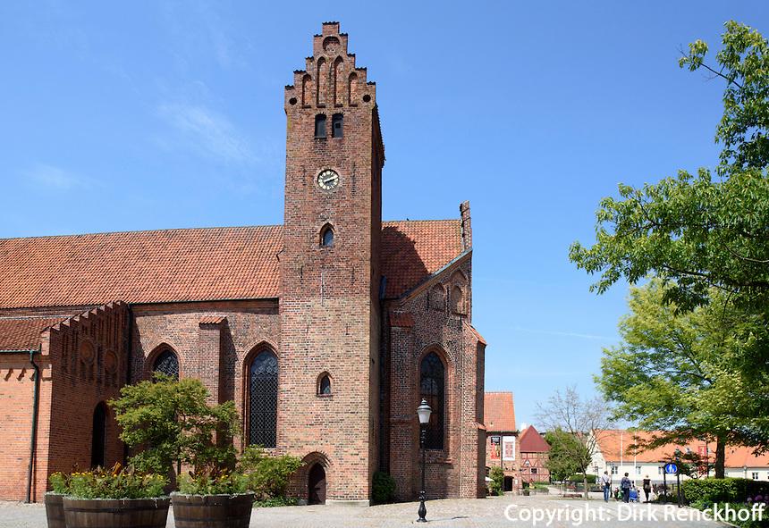 Kirche St.Petri, Ystad, Provinz Sk&aring;ne (Schonen), Schweden, Europa<br /> St. Peter's church Stortorget  in Ystad, Sweden