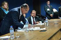 SAO PAULO, SP, 17 DE JANEIRO DE 2013. - ALCKMIN LEI DETRAN - O governo Geraldo Alckmin durante solenidade onde sancionou a lei que transforma o Departamento Estadual de Trânsito de São Paulo (Detran.SP) em autarquia, na sede administrativa do Detran, regiao central da capital, na tarde desta quinta feira, 17.  (FOTO: ALEXANDRE MOREIRA / BRAZIL PHOTO PRESS).