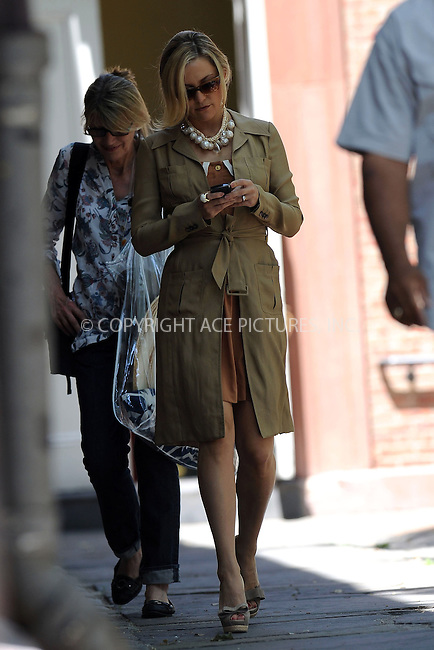 WWW.ACEPIXS.COM . . . . . ....June 2 2010, New York City....Actress Kate Hudson on the set of the movie 'Something Borrowed' in Manhattan on June 2 2010 in New York City....Please byline: KRISTIN CALLAHAN - ACEPIXS.COM.. . . . . . ..Ace Pictures, Inc:  ..(212) 243-8787 or (646) 679 0430..e-mail: picturedesk@acepixs.com..web: http://www.acepixs.com