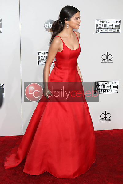 Selena Gomez<br /> at the 2016 American Music Awards, Microsoft Theater, Los Angeles, CA 11-20-16<br /> David Edwards/DailyCeleb.com 818-249-4998