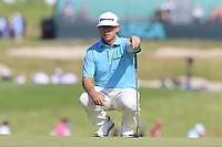 Chez Reavie (USA) on the 17th green during Thursday's Round 1 of the 118th U.S. Open Championship 2018, held at Shinnecock Hills Club, Southampton, New Jersey, USA. 14th June 2018.<br /> Picture: Eoin Clarke | Golffile<br /> <br /> <br /> All photos usage must carry mandatory copyright credit (&copy; Golffile | Eoin Clarke)