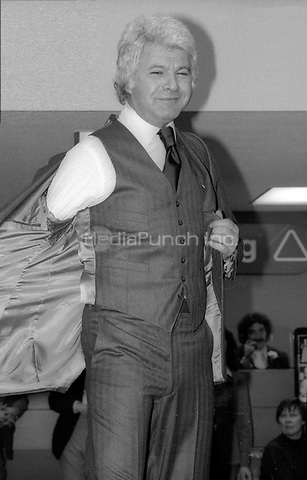 Dick Shawn 1977<br />
