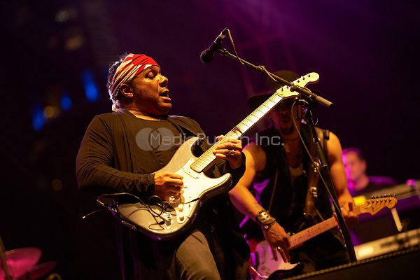 AUSTIN, TX - MARCH 17: Dez Dickerson performs at the Prince Tribute show featuring Wyclef Jean, Andre Cymone & Friends at Auditorium Shores on March 17 in Austin, Texas during the 2017 South by Southwest music festival. Credit: Tony Nelson/MediaPunch