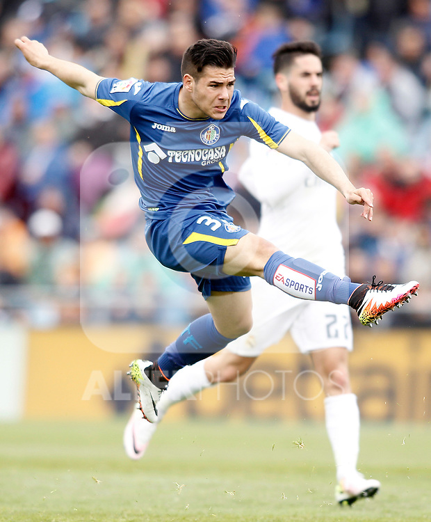 Getafe's Emi Buendia during La Liga match. April 16,2016. (ALTERPHOTOS/Acero)