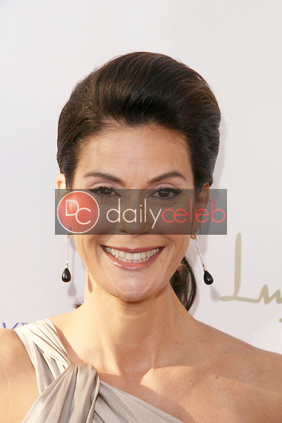 Teri Hatcher<br /> at the 8th Annual Comedy for A Cure, a Benefit to raise Funds and Awareness for the Tuberous Sclerosis Alliance. Boulevard3, Hollywood, CA. 04-05-09<br /> Dave Edwards/DailyCeleb.com 818-249-4998
